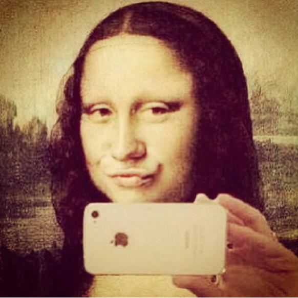 social media, fake smile, duck face, mona lisa, good enough blog
